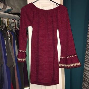 A double lace sleeve tunic